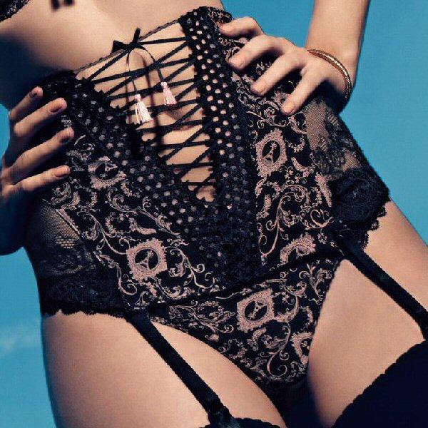 idylle parisienne waist cincher aubadegirl 39 s closet. Black Bedroom Furniture Sets. Home Design Ideas